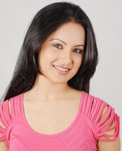 Wajah Asli Parwati Pemeran Serial Mahadewa Pooja Bose