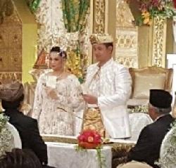 Putri Selaras Oesman Menikah