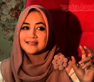 Cara Hijab Pipik Dian Irawati